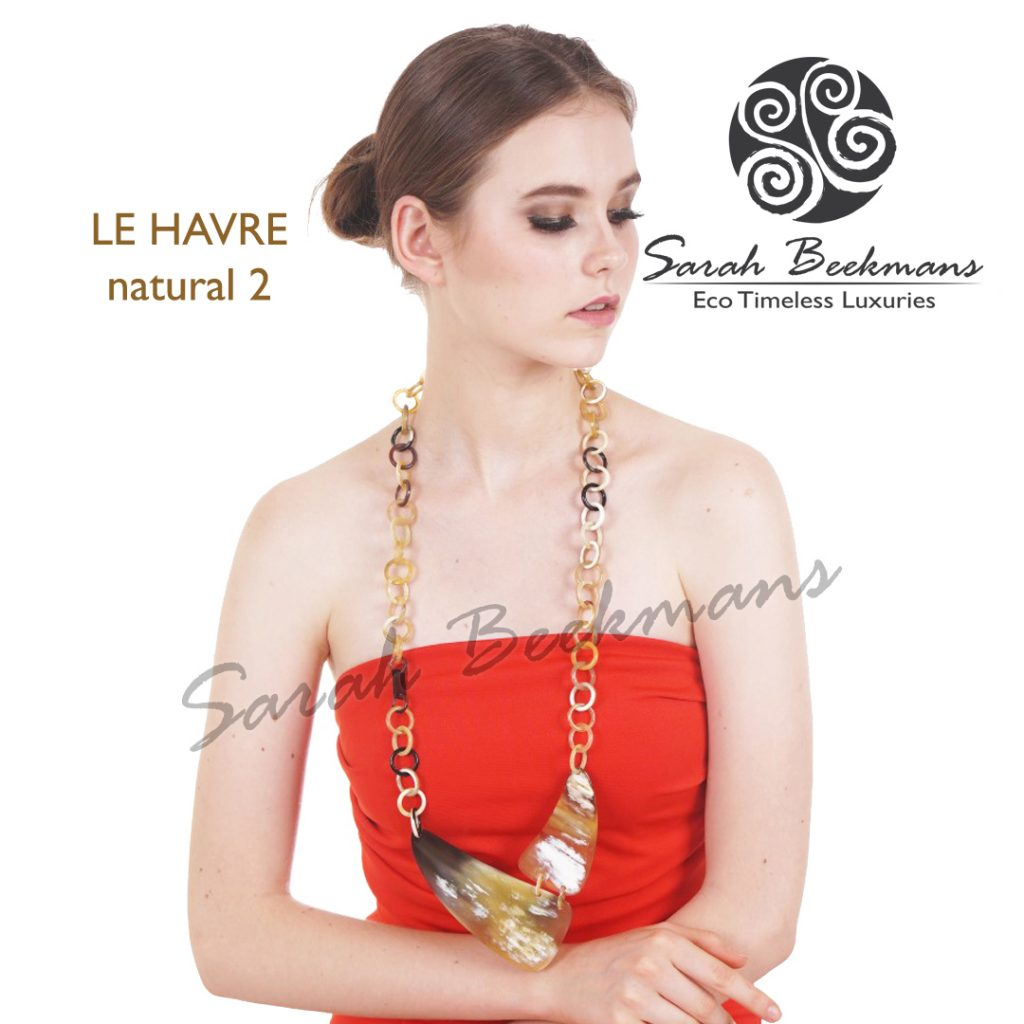 White horn necklace le havre