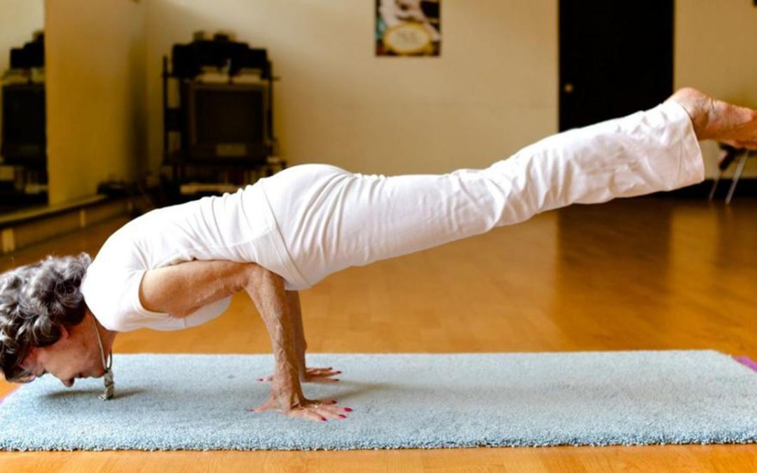 Tao Porchon Lynch, 100 years old beautiful yoga master