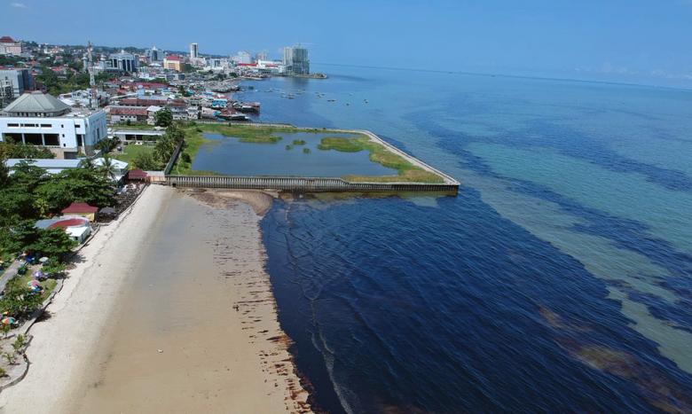 the oil spill in balikpapan