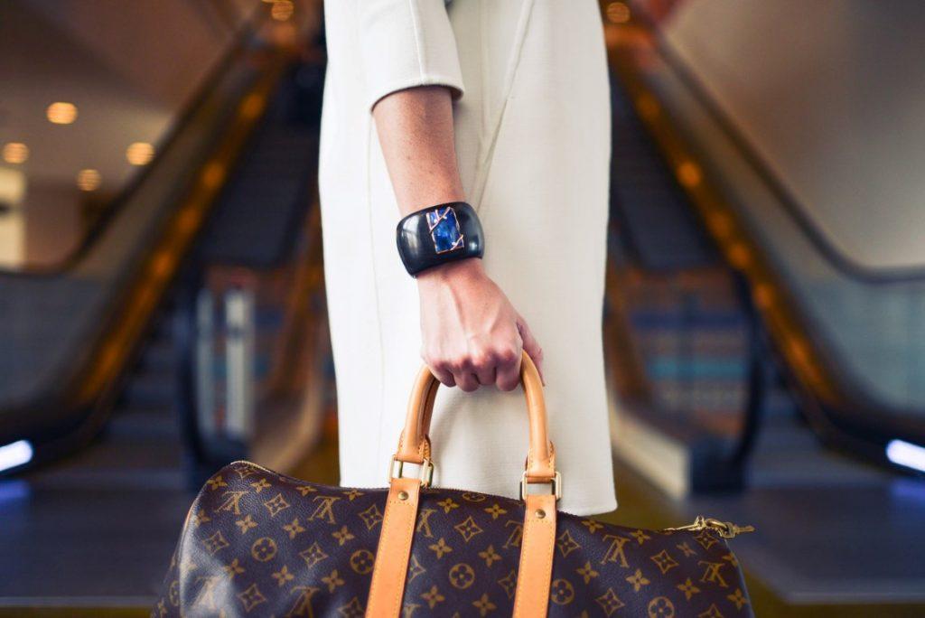 tips on how to use woman accessories tips menggunakan aksesoris wanita