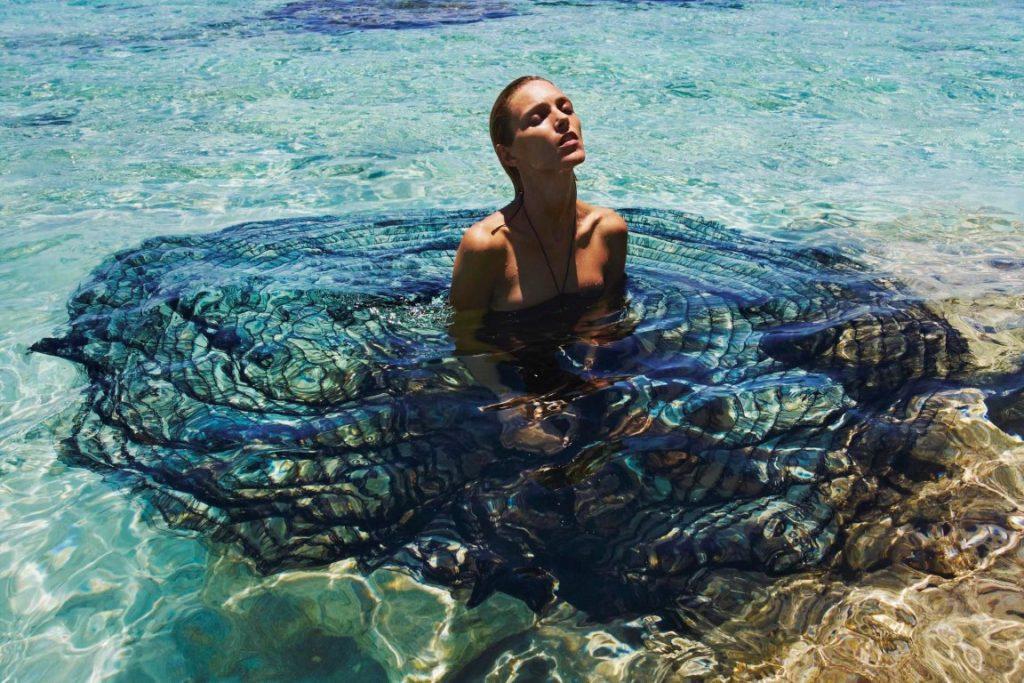 fashions war on plastic pollution Penggunaan Plastik di Dunia Mode