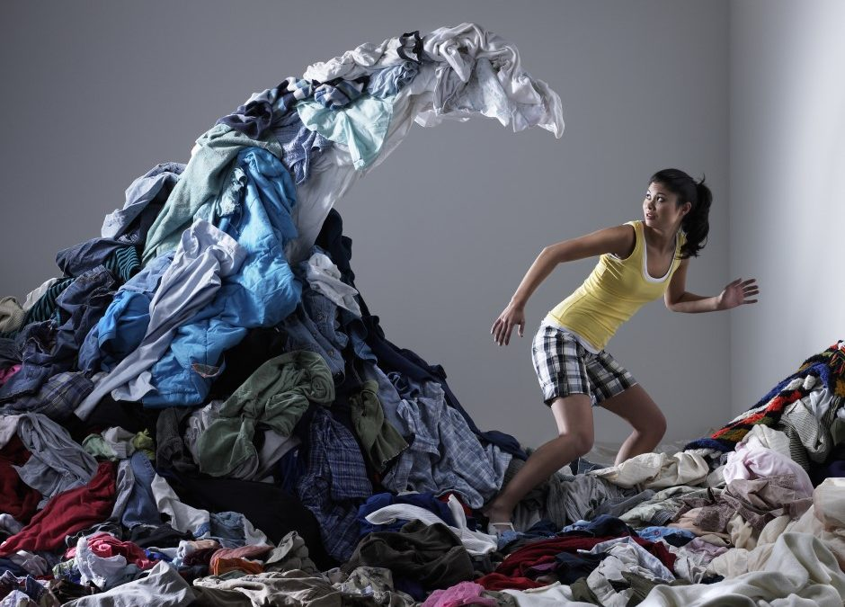 Fast Fashion Lifestyle: How We Buy, How We Waste