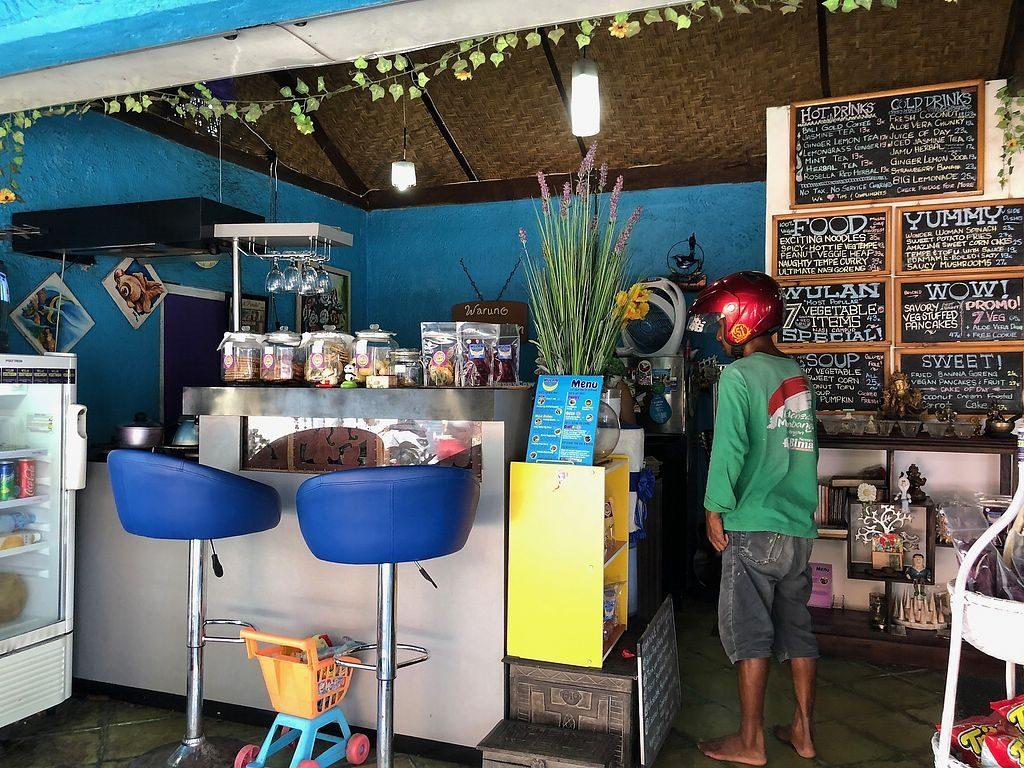 Restoran Vegetarian Murah di Ubud cheap vegetarian restaurants in ubud Wulan Vegetarian Warung