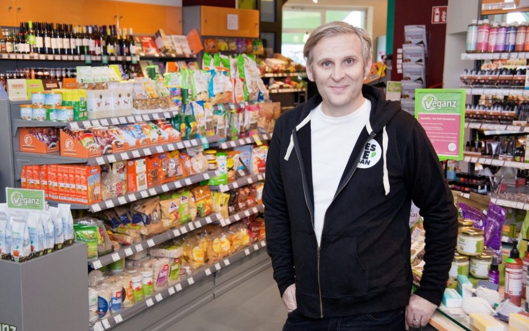 Why 100% Vegan Supermarket from Jan Bredack Closed Down?